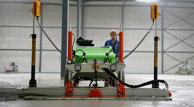 MS575 – Automated Concrete Laser Guided Screed